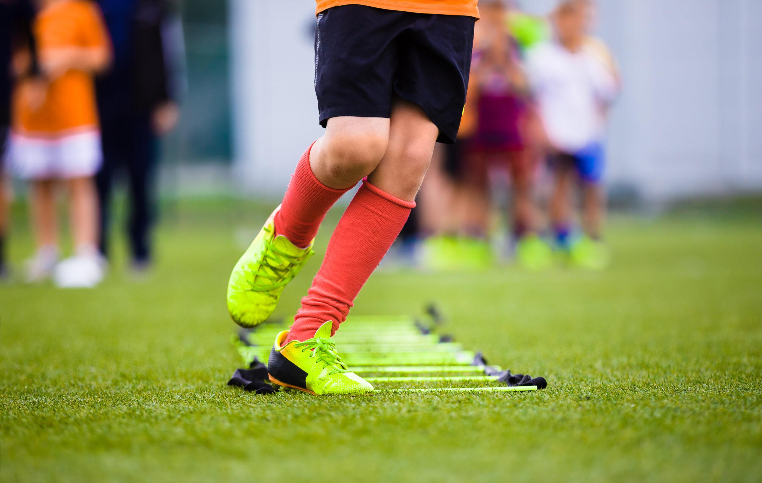 Zürichsee, Schweiz: <br>Transport zum Fussball für Junioren mit Handicap